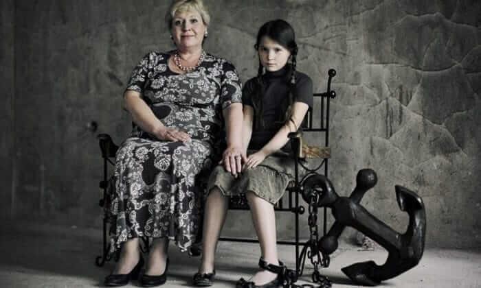 «Кто крайний?», или К чему приводят родительские крайности?